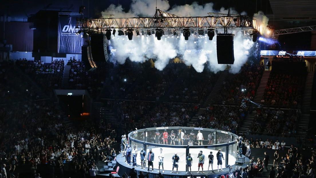 VIDEO: Una luchadora mexicana de MMA deja K.O. a su rival con una ráfaga incontestable de golpes
