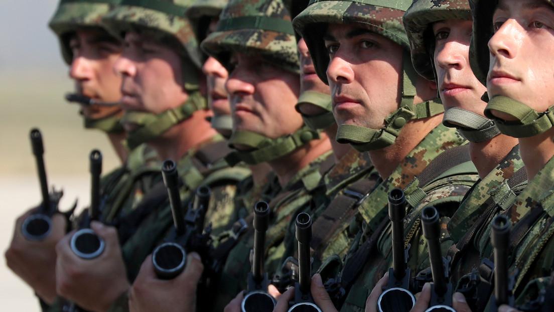 VIDEO: Fuerzas de Defensa de Serbia simulan la liberación de un autobús 'secuestrado' por terroristas