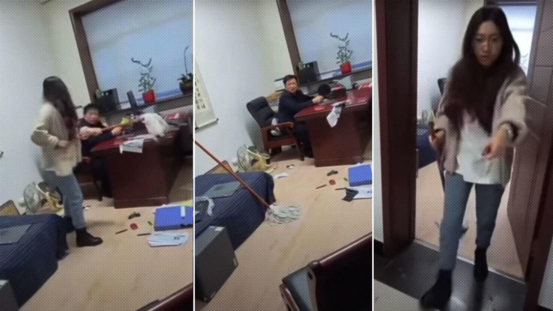 VIDEO: Una empleada golpea a su jefe con una fregona por supuesto acoso