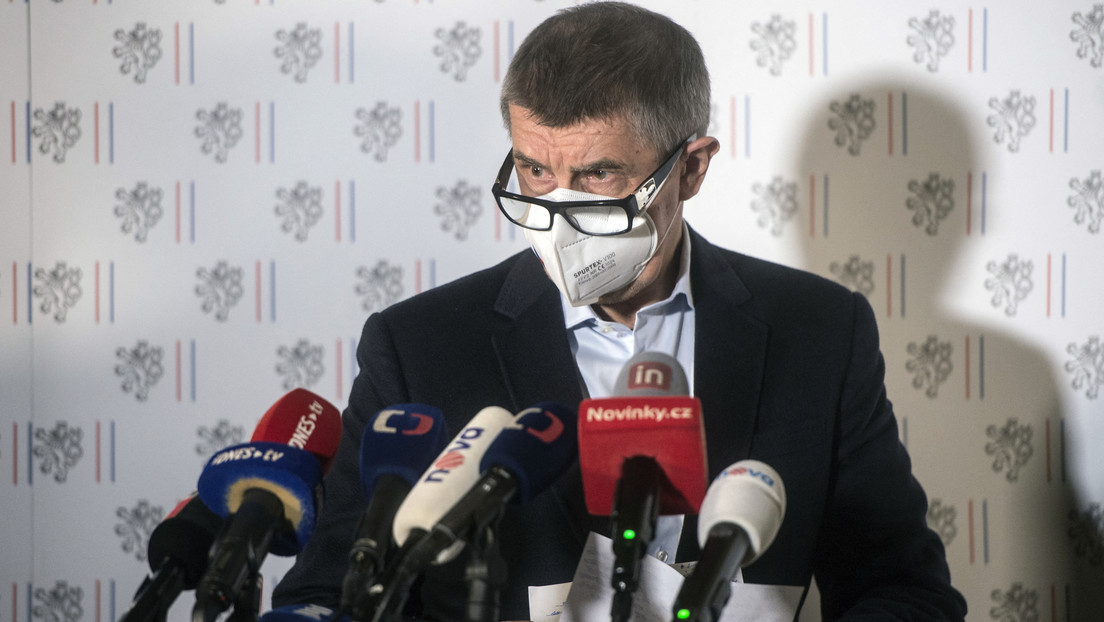 """Primer ministro checo dice que """"Rusia no atacó"""" su país y las explosiones en el depósito militar en Vrbetice no fueron """"acto de terrorismo estatal"""""""