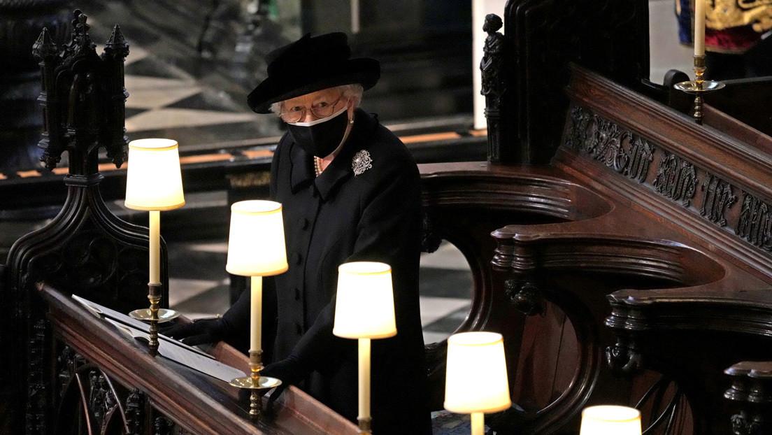 La reina Isabel II rompe su silencio por primera vez desde la muerte del príncipe Felipe