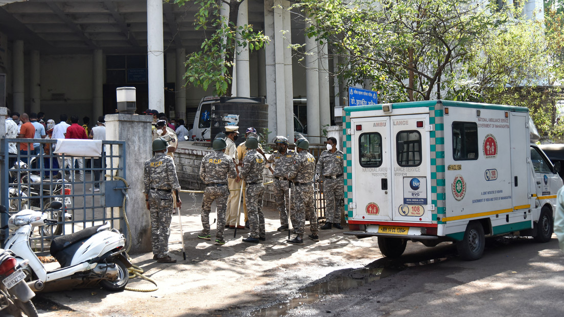 Más de 20 pacientes con covid-19 mueren en un hospital indio por una fuga de oxígeno (VIDEO)
