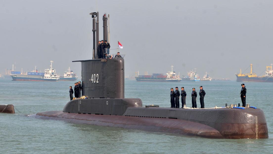 El submarino de Indonesia desaparecido tendría reservas de oxígeno hasta el sábado