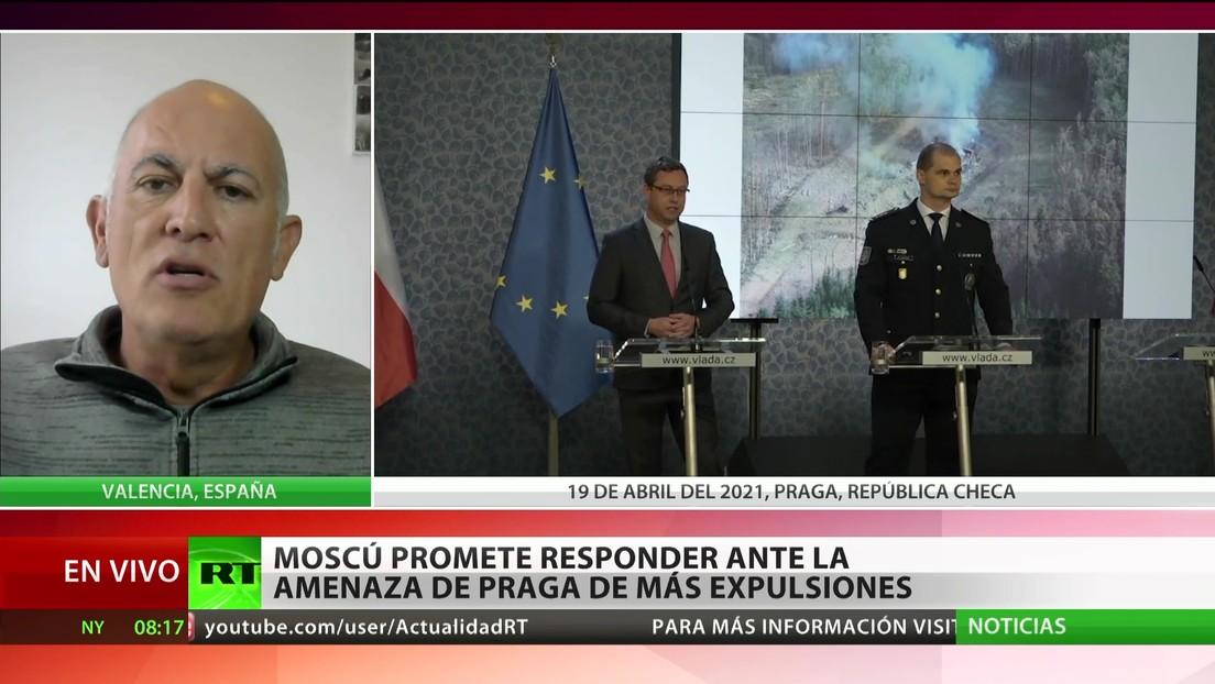 """Experto: La tensión diplomática entre Praga y Moscú """"parece un mal argumento de una película de serie B"""""""