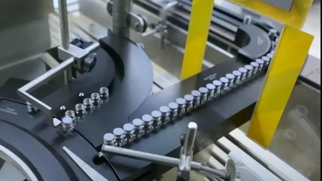 VIDEO: Así es el proceso de producción de la vacuna rusa Sputnik V en Egipto