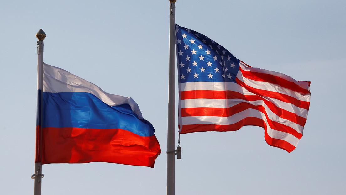 """""""Cualquier paso equivocado amenazaría al mundo entero con un conflicto militar"""": Medvédev alerta de consecuencias por la tensión entre Rusia y EE.UU."""