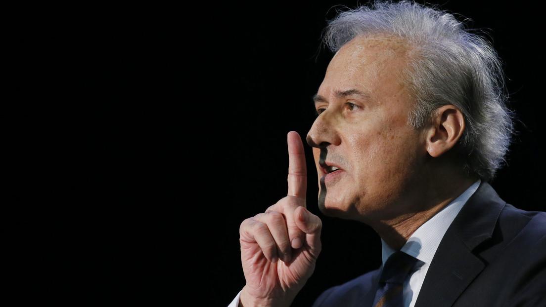 Alcalde francés condenado por violación sigue gobernando desde su celda y llueven críticas de grupos feministas y partidos de la oposición