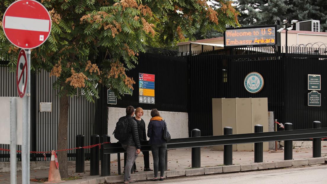Las misiones diplomáticas de EE.UU. en Turquía estarán cerradas por precaución tras el reconocimiento por Biden del genocidio armenio
