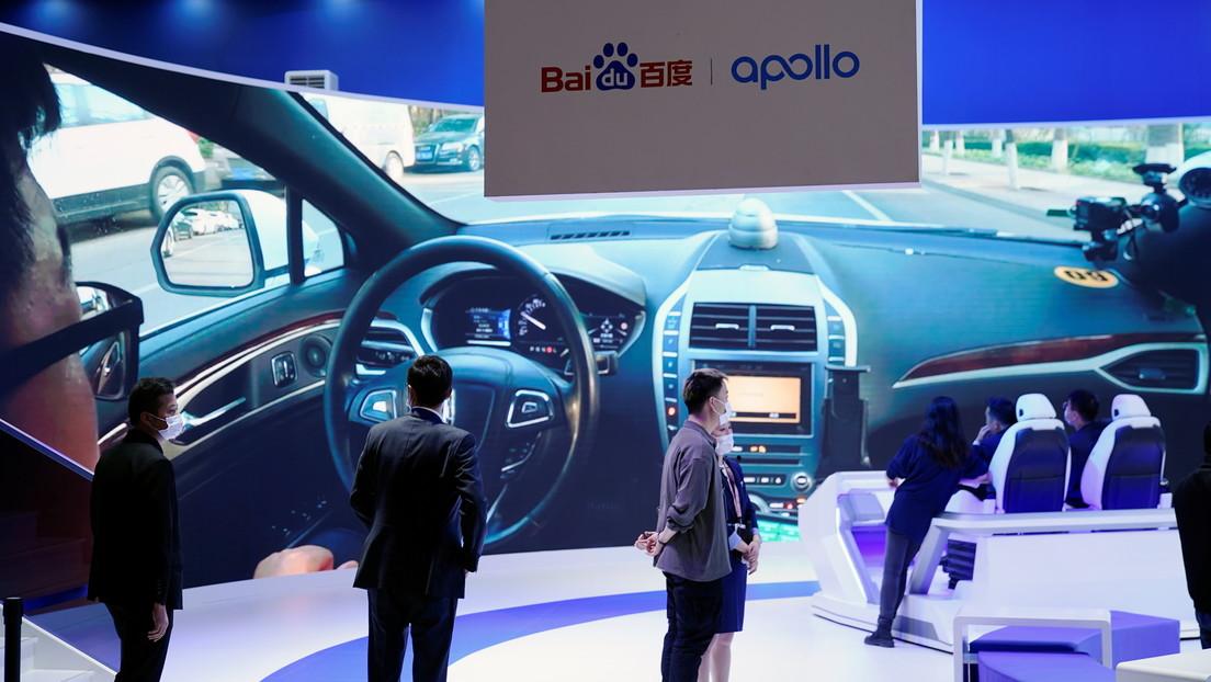 """Una empresa del 'Google chino' invertirá 7.700 millones de dólares en vehículos inteligentes """"robot"""""""
