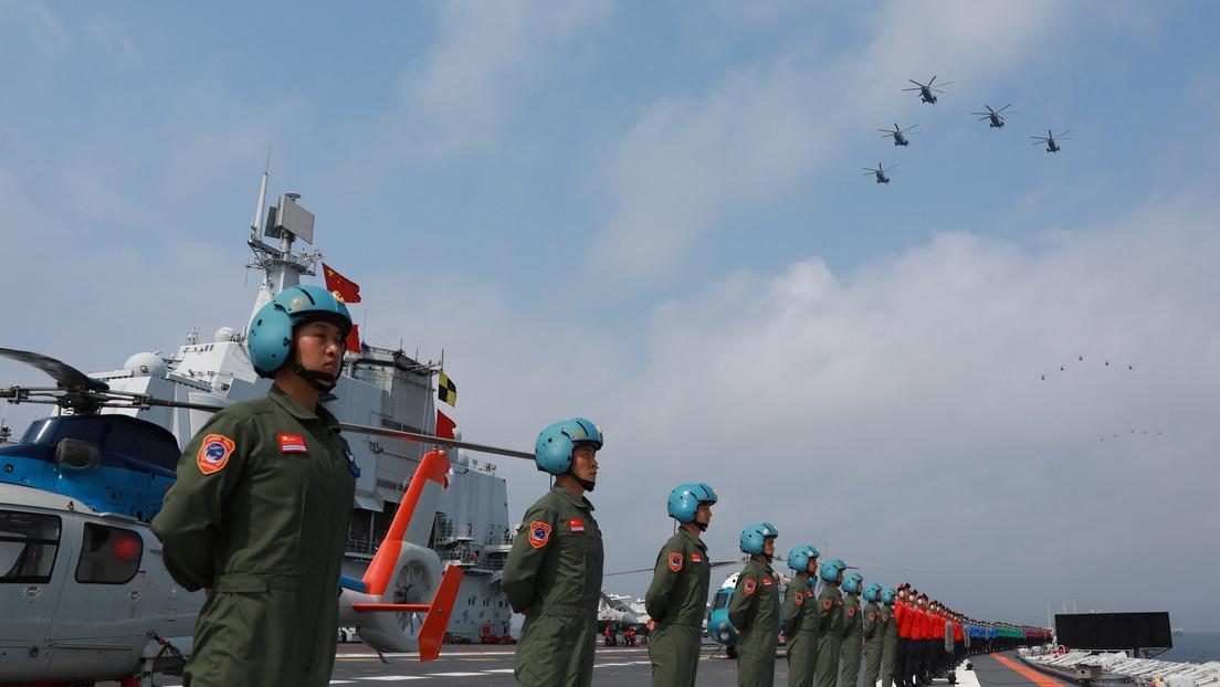 """""""Botadura sin precedentes"""": Pekín refuerza su flota del mar de la China Meridional con dos buques de guerra y un submarino nuclear"""