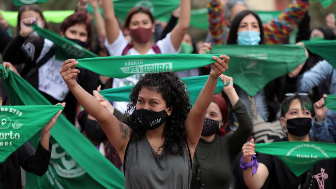 """""""14 por Colombia"""": la campaña lanzada por organizaciones feministas para despenalizar el aborto sin causales"""