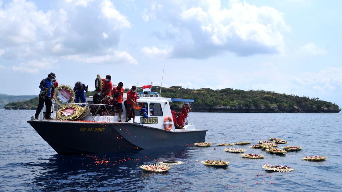 VIDEO: La tripulación del submarino indonesio canta a bordo del navío poco antes del trágico hundimiento
