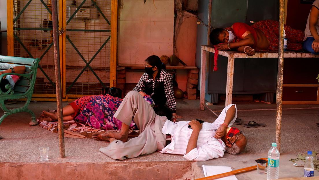 """La OMS culpa a la """"tormenta perfecta"""" de factores de la crisis de covid-19 en la India"""