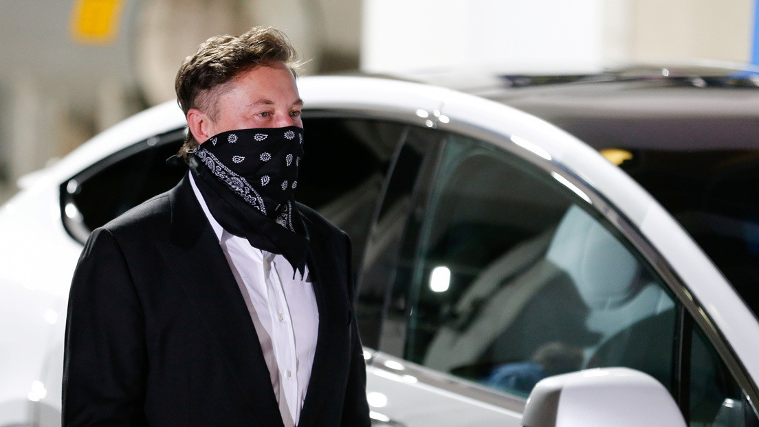 "Elon Musk: Tesla superó ""problemas logísticos que hacen a la Segunda Guerra Mundial parecer trivial"""