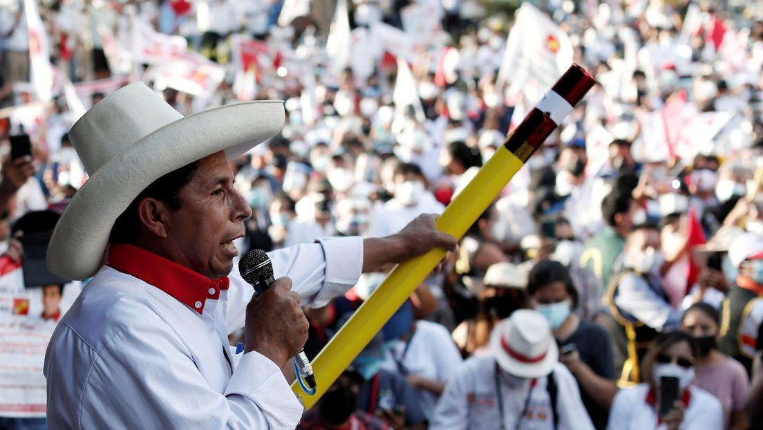 Pedro Castillo suspende su campaña electoral en Perú por una descompensación respiratoria
