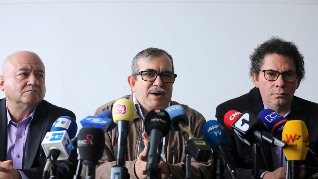 Exlíderes de las extintas FARC asumen su responsabilidad por los secuestros ejecutados antes del acuerdo de paz en Colombia