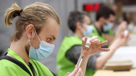 """La OMS considera """"inaceptablemente lento"""" el ritmo de vacunación en Europaante la situación """"más preocupante en meses"""""""