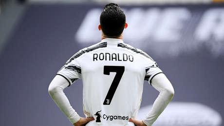 Llueven las críticas sobre Cristiano Ronaldo por volver a fallar en la barrera y facilitar un gol rival (VIDEO)