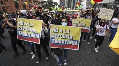 El presidente Iván Duque no retirará la reforma tributaria pese a las masivas manifestaciones en Colombia