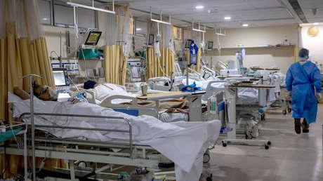 """""""Aún hay incertidumbre"""": el ministro francés de Salud pide no subestimar el peligro potencial de la variante india de coronavirus"""