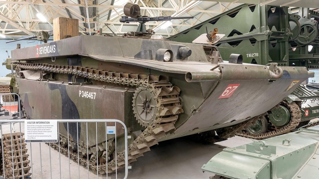 Granjero rescata un tanque de la Segunda Guerra Mundial que estuvo oculto bajo tierra durante más de 70 años (VIDEO)