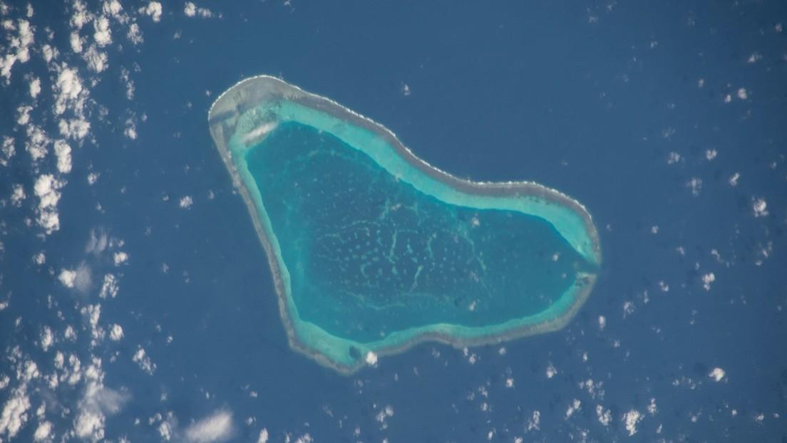 """Filipinas arremete contra China por """"maniobras peligrosas"""" en el disputado mar de la China Meridional"""