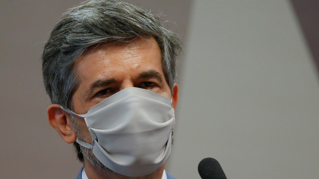 Uno de los exministros de Salud de Bolsonaro explica por qué dejó su cargo