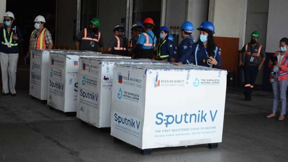 Guatemala recibe el primer lote de vacunas Sputnik V contra el covid-19