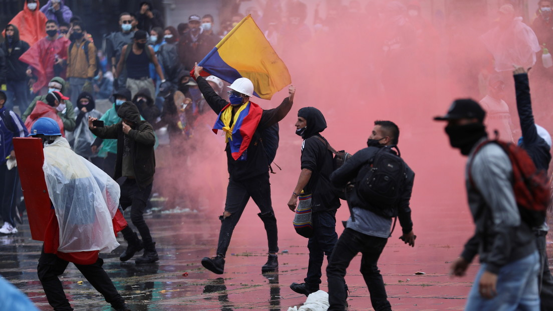 La Fiscalía de Colombia imputará a agentes de la Policía Nacional por tres homicidios durante las protestas