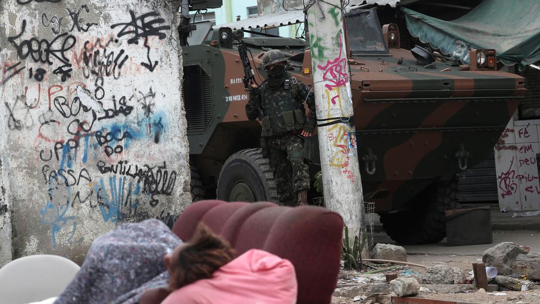 Una operación policial deja 25 muertos en una favela de Río de Janeiro en un intenso tiroteo con narcotraficantes