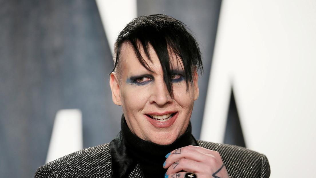 """""""Sono sfuggito a un mostro"""": L'ex partner di Marilyn Manson rivela che il cantante l'ha violentata e abusata durante una relazione di due anni"""
