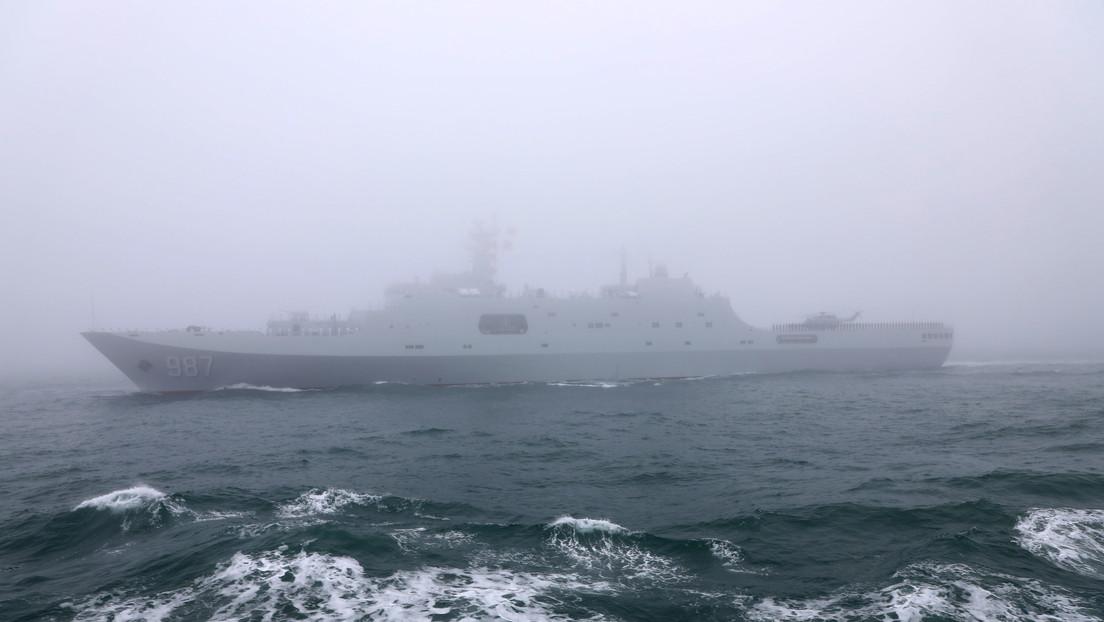 """VIDEO: Un nuevo buque anfibio de transporte chino participa en unos ejercicios y se espera que forme una """"asociación poderosa"""" con otra nave del país"""