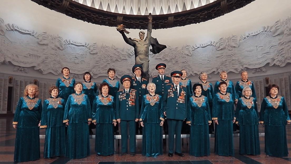 Veteranos cantan una emblemática canción dedicada a la Victoria en la Gran Guerra Patria