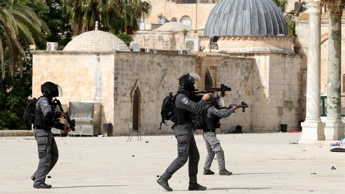 Cientos de heridos tras el asalto a la mezquita de Al Aqsa por fuerzas israelíes en medio de las protestas contra el desalojo de familias palestinas