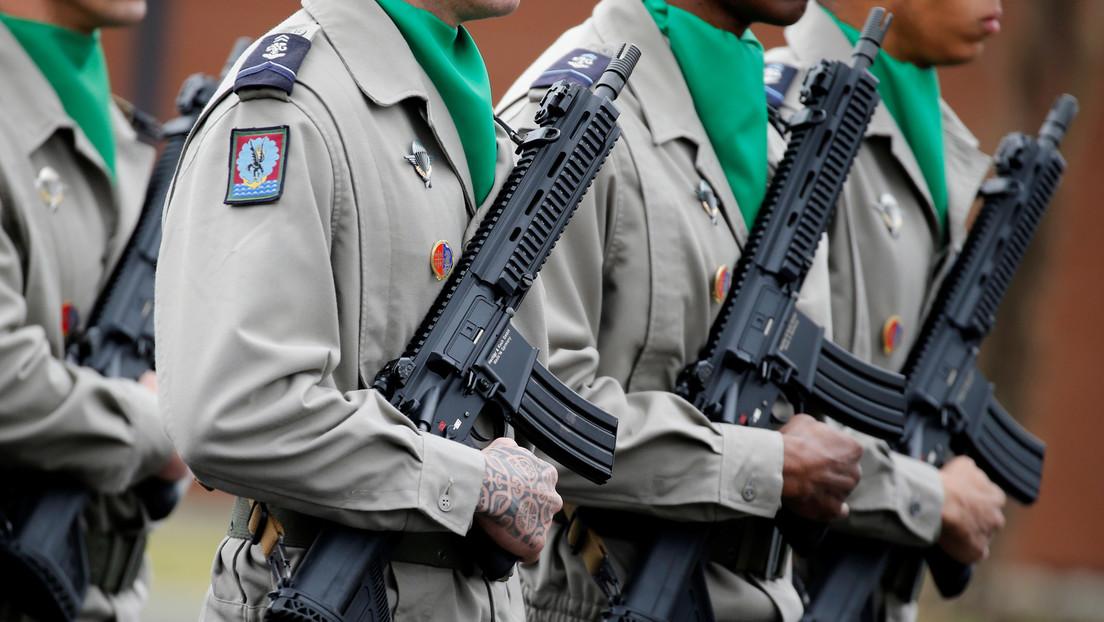Militares de Francia escriben una nueva carta advirtiendo del peligro de una guerra civil en el país
