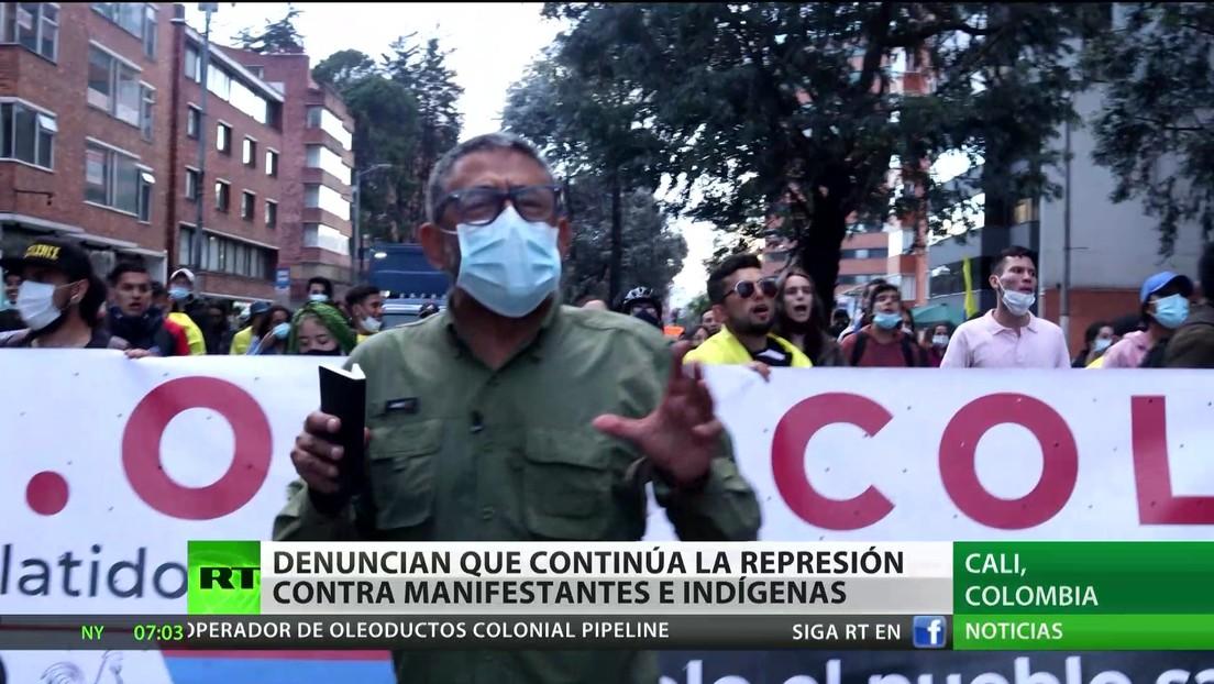 """Denuncian que una """"turba de gente escoltada por la Policía"""" disparó contra indígenas y dejó 10 heridos en Colombia"""