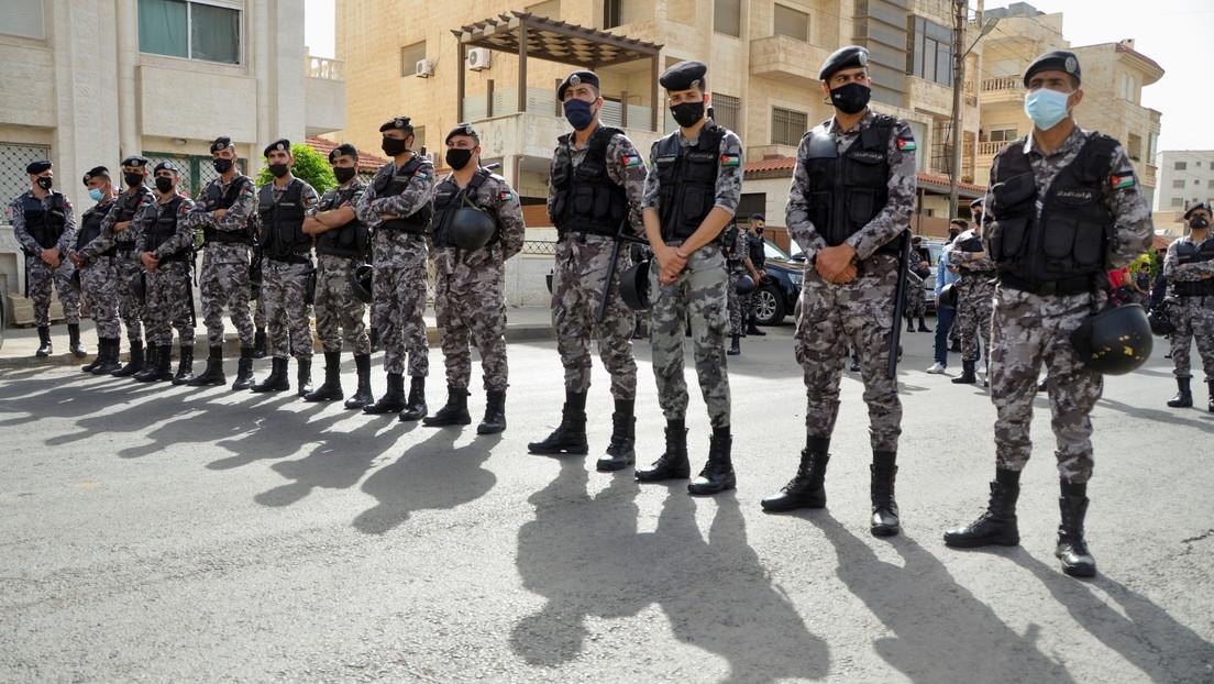 """El primer ministro de Israel dice que Hamás """"cruzó la línea roja"""" y su país responderá con """"fuerza"""""""