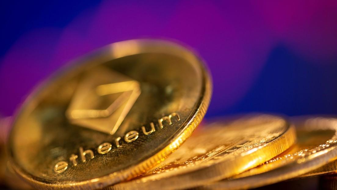 labāka tirdzniecība ar bitcoin vai ethereum trevis alan crow crow bitcoin trader labākais dma cfd broker latvija