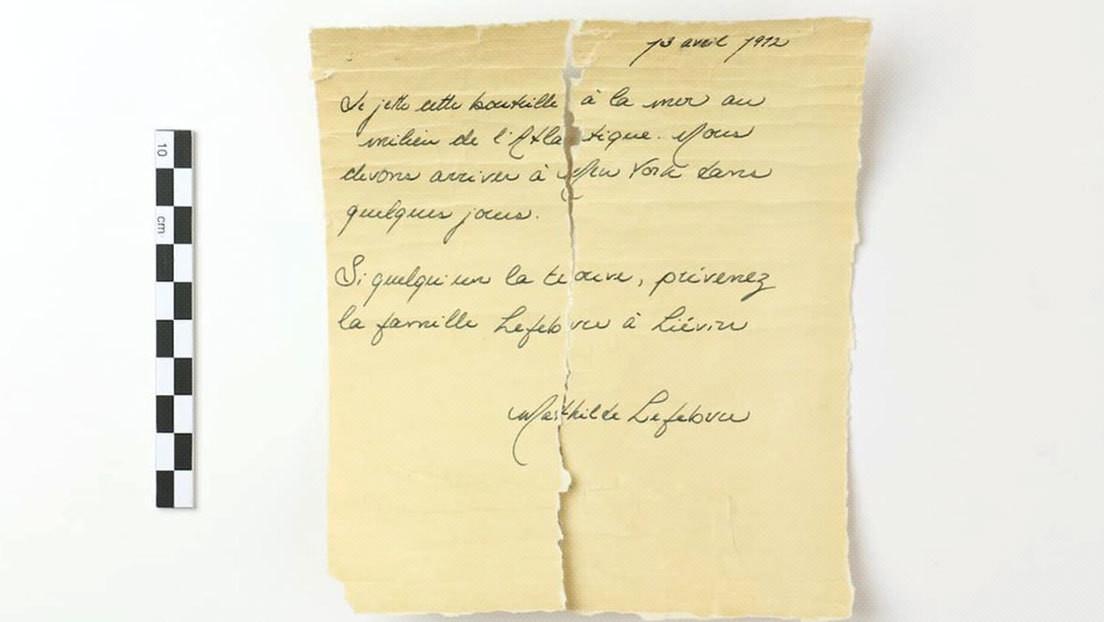 """""""Llegaremos en unos días"""": Analizan una carta hallada en una botella para comprobar si la escribió una niña que iba en el Titanic"""