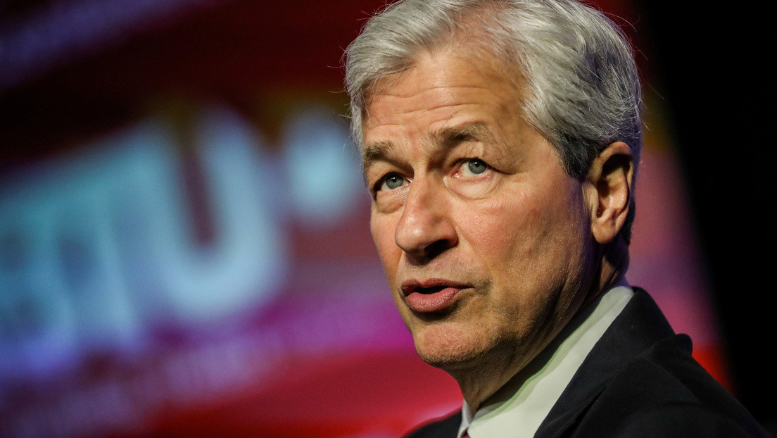 """Director del banco JPMorgan Chase da consejos para tener éxito: """"Lo más importante es cómo lidias con los fracasos"""""""