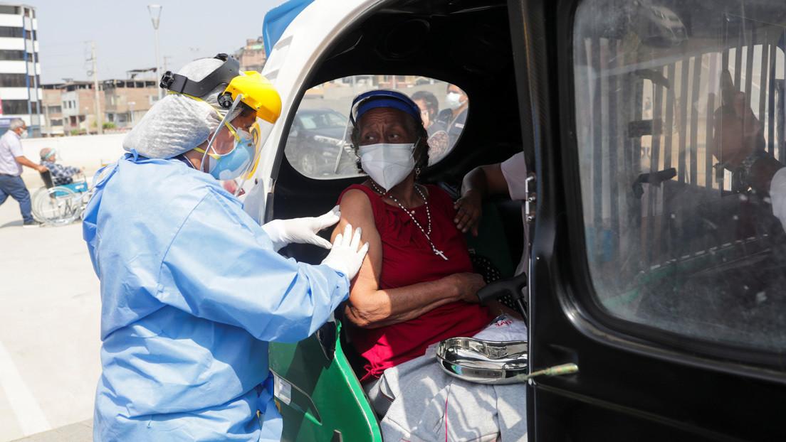 Investigan casos de jeringas vacías en vacunación contra el covid-19 en Perú