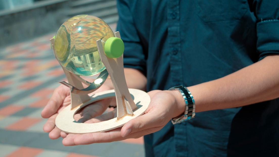 Así es el dispositivo diseñado por unos estudiantes ecuatorianos para mejorar la eficiencia de los paneles solares (y qué usos podría tener)