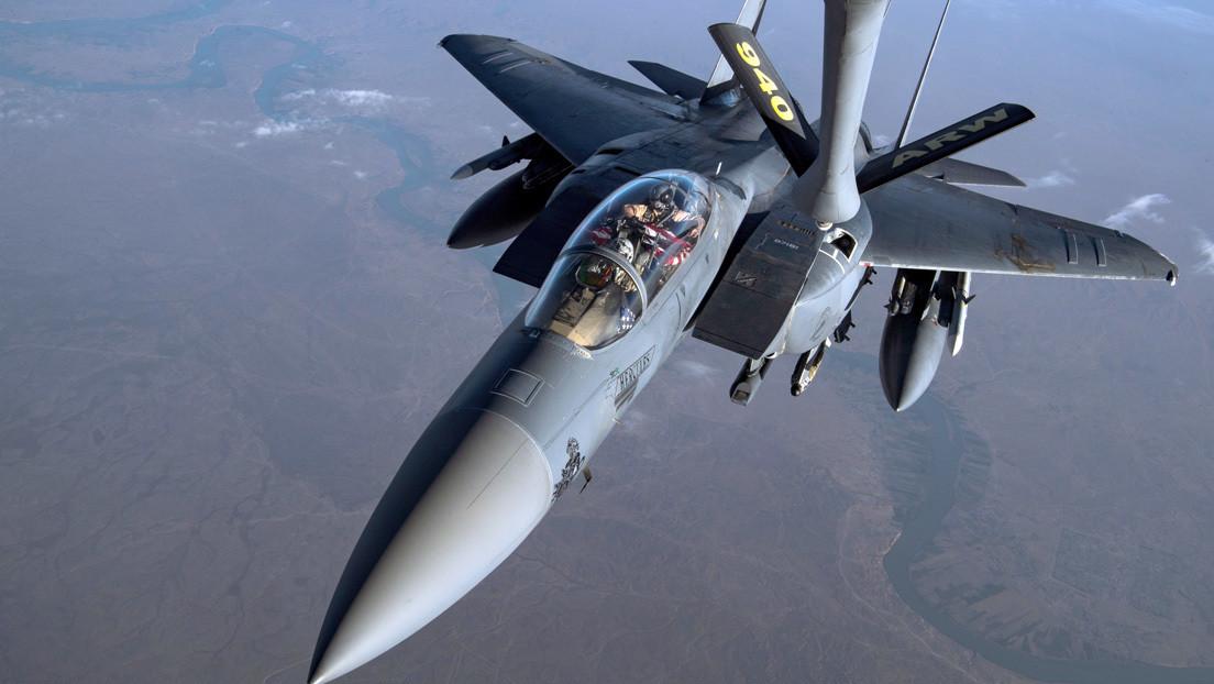 FOTO: La Fuerza Aérea de EE.UU. busca convertir sus cazas pesados F-15 en bombarderos