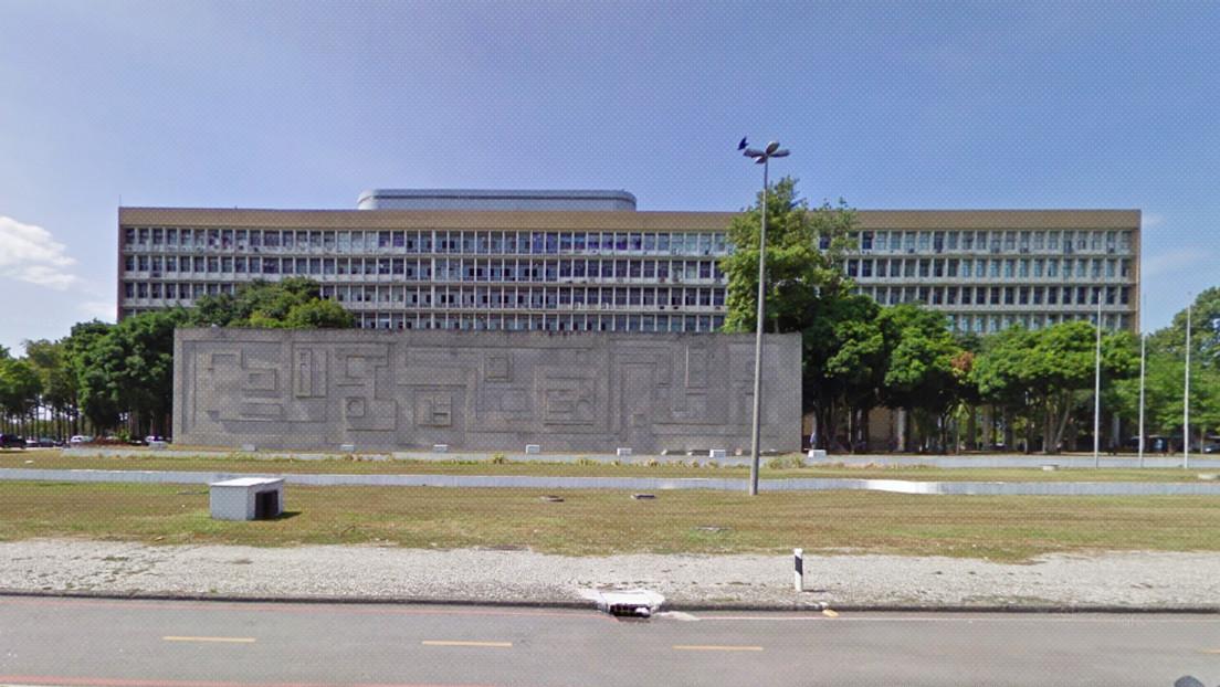 La centenaria Universidad de Río de Janeiro anuncia un posible cierre tras el recorte a sus fondos y las redes estallan contra Bolsonaro