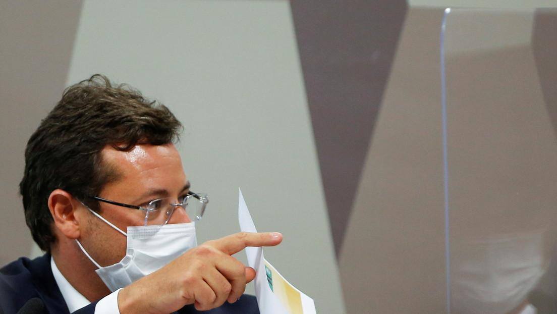 Un exsecretario de Comunicación de Brasil afirma que Bolsonaro ignoró una oferta de vacunas de Pfizer durante dos meses