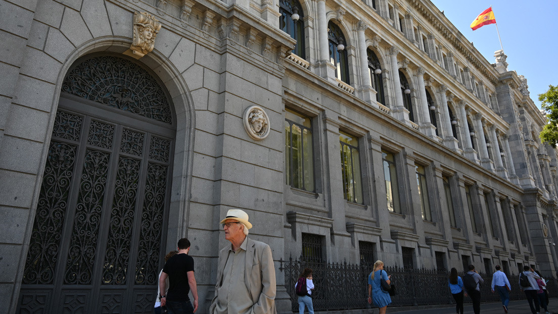 El Banco de España pide un paquete integral de reformas y se muestra partidario de implementar la 'mochila austríaca'