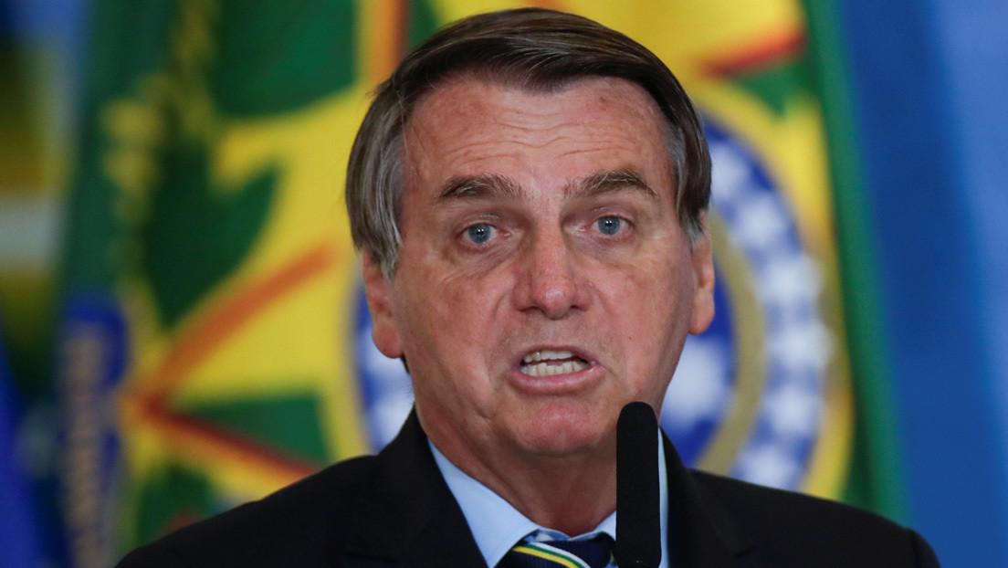 """""""Siempre hay algún vagabundo que intenta interponerse en el camino"""": Bolsonaro carga contra el relator de la comisión que investiga su gestión"""