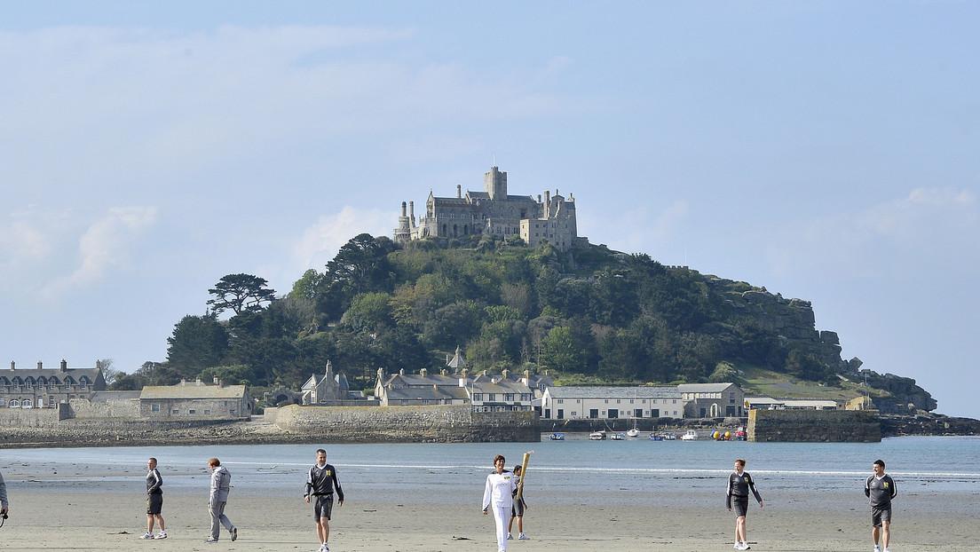 Se busca 'guardián' de castillo medieval en una pequeña isla inglesa