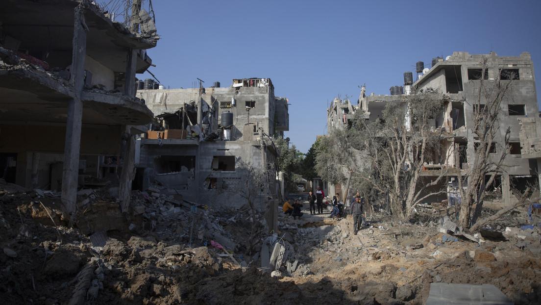 """Advierten que los bombardeos israelíes a edificios residenciales en Gaza pueden ser considerados """"crímenes de guerra"""""""