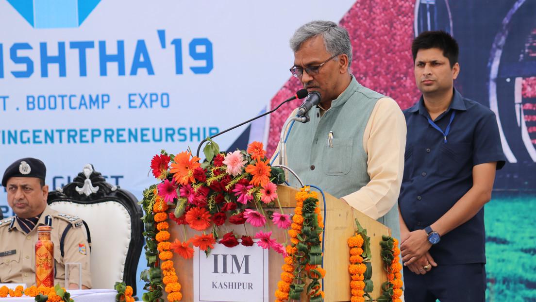 """""""El covid-19 tiene derecho a vivir"""": ex ministro de un estado de la India genera una ola de burlas en las redes"""
